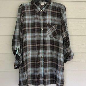 Super Cute 3/4 Length Button Down Plaid Shirt
